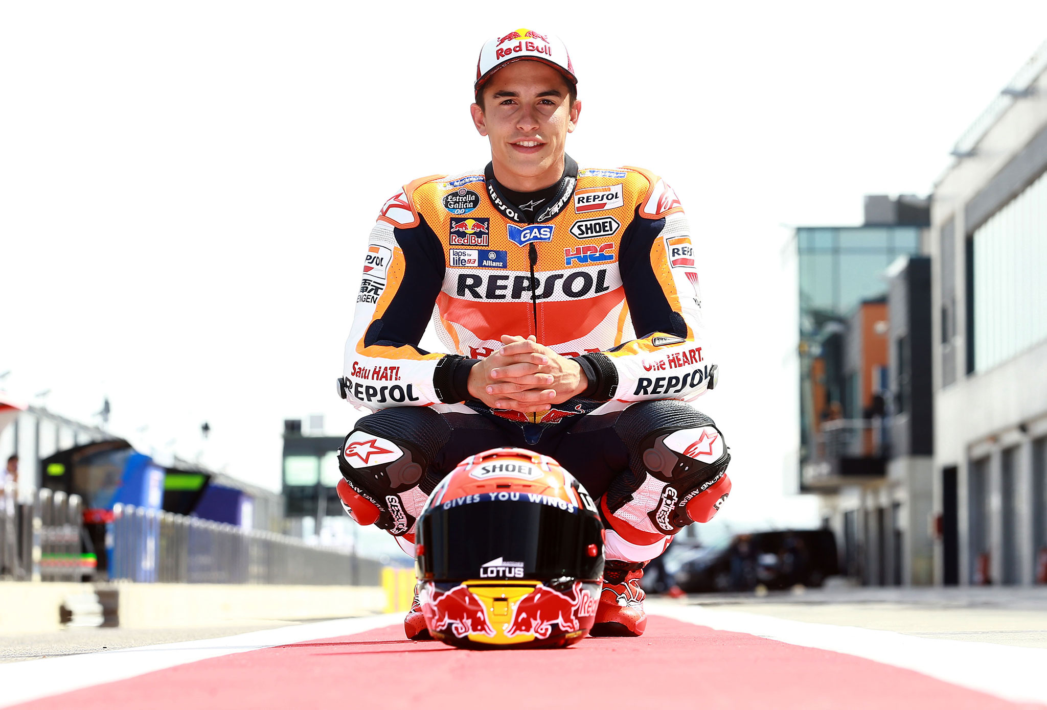 Marc Márquez dice 'Give me five'