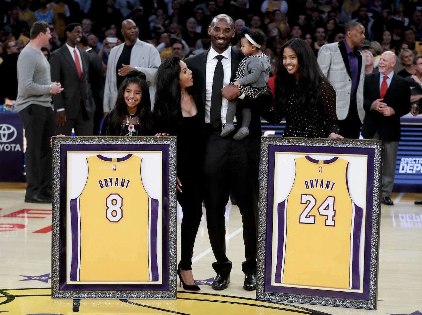 Los Angeles Lakers retirará las camisetas de Kobe Bryant
