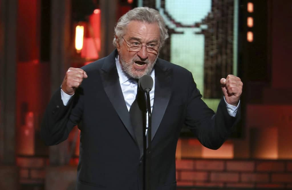 Discurso de Robert De Niro fue censurado en los Tony Awards