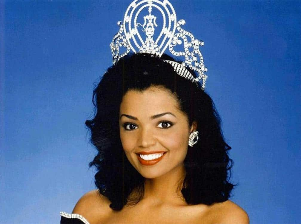 Fallece Chelsi Smith, Miss Universo en 1995, a los 45 años
