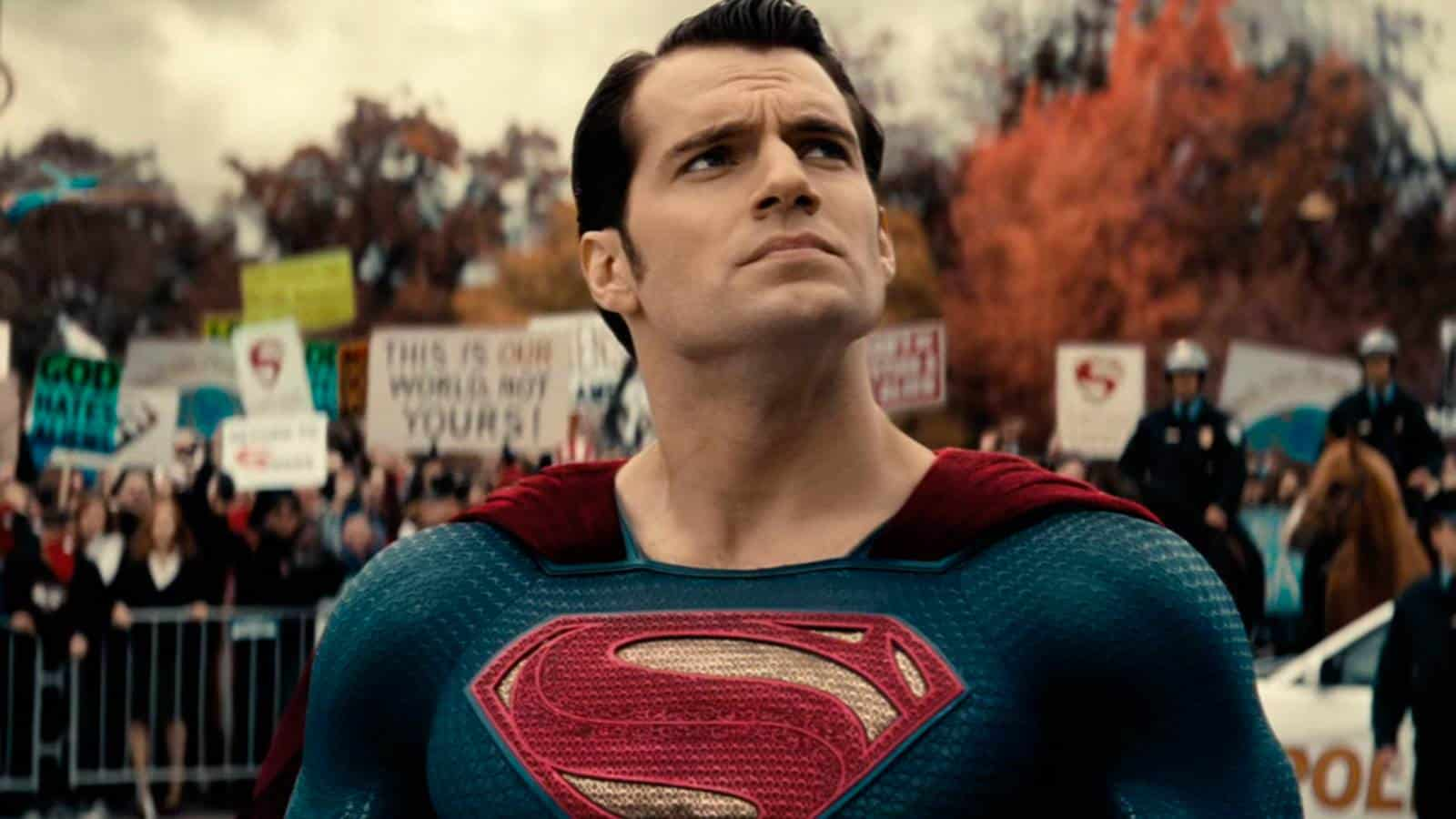 Henry Cavill ya no interpretará a Superman