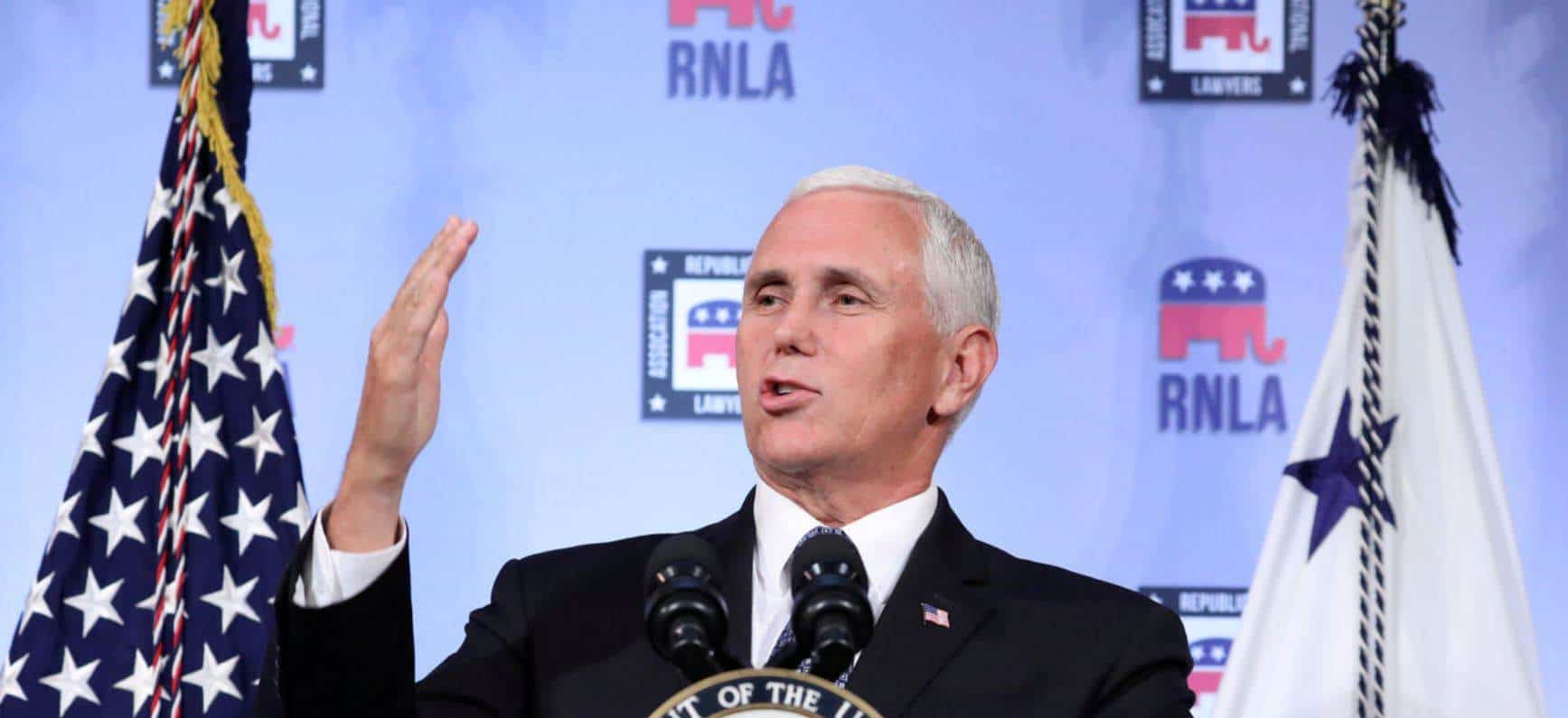 No vengan, dice Mike Pence a inmigrantes indocumentados