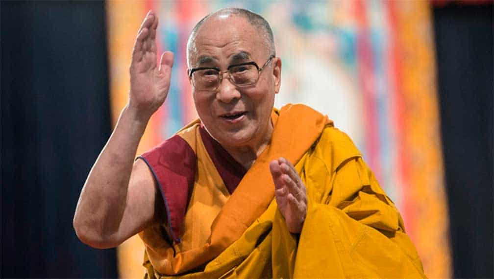 Dalai Lama sale del hospital en condición estable